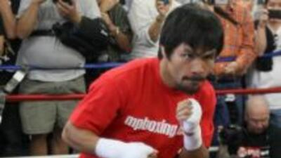 Manny Pacquiao ya hace boxeo con Jorge Linares.