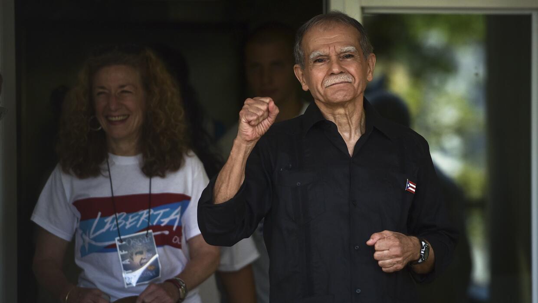 Oscar López aparece por primera vez en público este 17 de mayo tras habe...