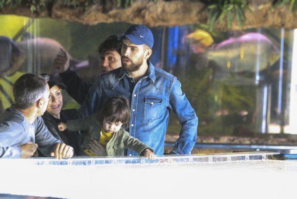"""Shakira y Piqué están instalados en ser unos """"papás modelo"""". No importa..."""