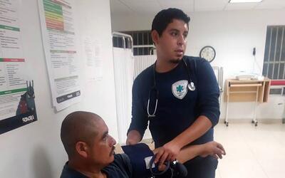 Inmigrantes mantienen con vida al Medicare Desierto 2 rescatado.jpg
