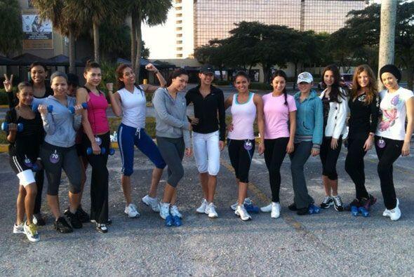 Este es el grupo de chicas de NBL que está entrenando con José Fernández.