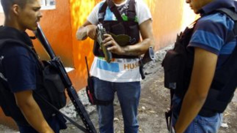 Los grupos de autodefensa siguen con su avance en Michoacán.