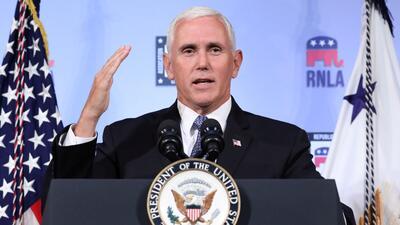 Vicepresidente Pence asegura que no escribió el articulo anónimo sobre el gobierno de Trump