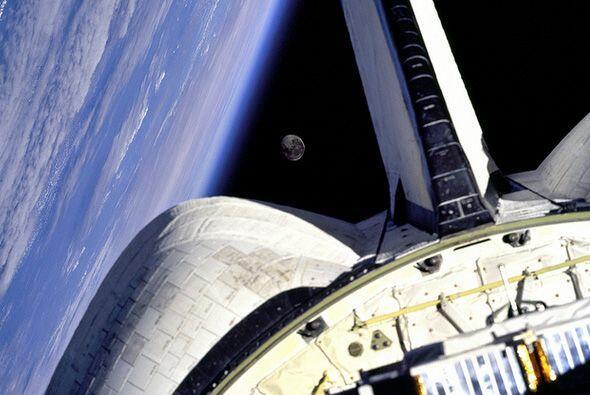 Las imágenes muestran  partes de la Estación Espacial Inte...
