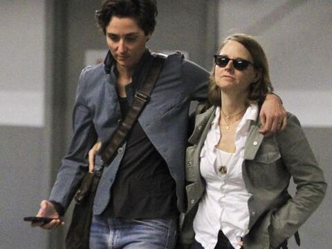 La actriz norteamericana fue captada en compañía de Alexan...