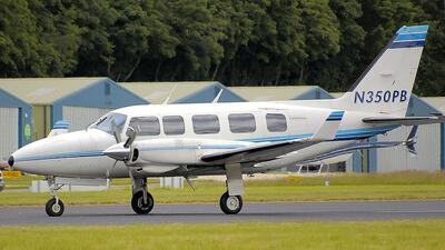 Mueren 4 personas en accidente de avioneta