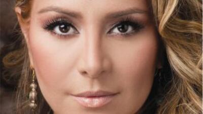 La cantante Cristina presenta su disco Grandes Canciones, que se compone...