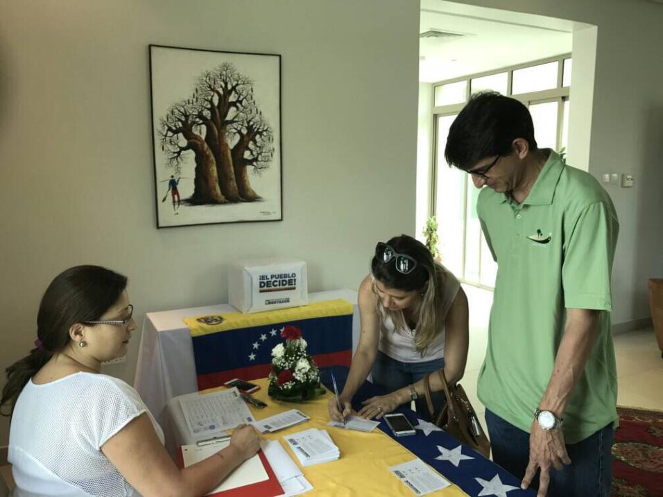 Más de 7 millones de venezolanos participaron en la consulta opositora c...