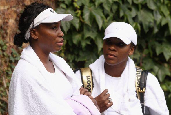 Las hermanas Venus y Serena Williams, cinco y cuatro veces campeonas del...