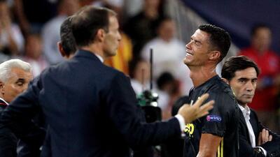 En fotos: así fue el berrinche de Cristiano Ronaldo tras ser expulsado en Champions League