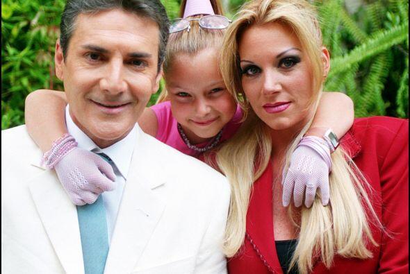 Esta es la familia de la bella Simoneta, una familia con mucho dinero, p...
