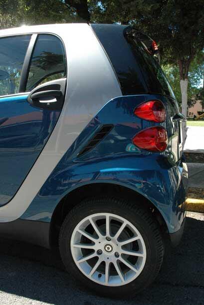 smart Fortwo 2010 3a3573f5edbe41419c34b3419bf70770.jpg