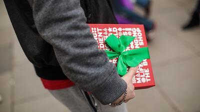¿Cómo evitar el exceso de gastos esta Navidad y no arrepentirte en enero?