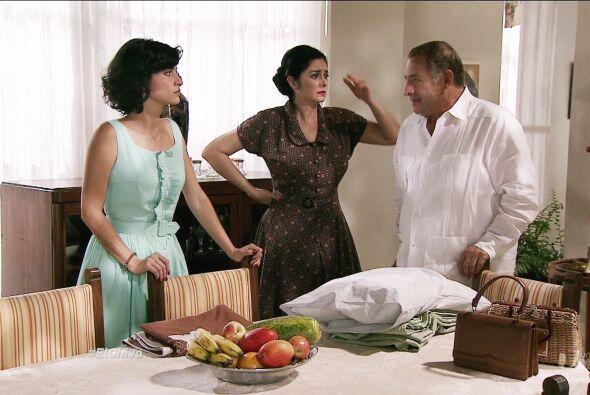 Pero para sorpresa de todos, el padre de Mariana y Ángela manten&...