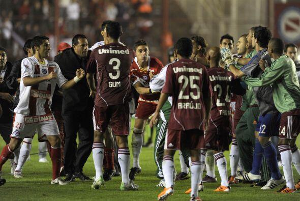 Imagen caliente del partido entre Argentinos Juniors y Fluminense, el ´F...