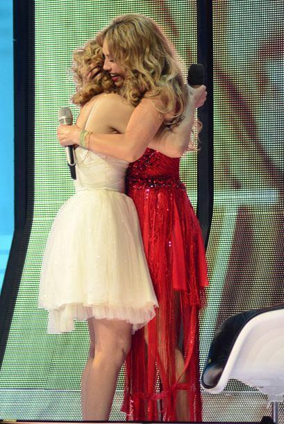 Paloma pudo cantarle a Thalía más adelante en el show.