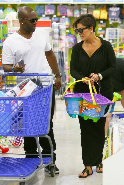 ¿Para quién está comprando tantos juguetes?