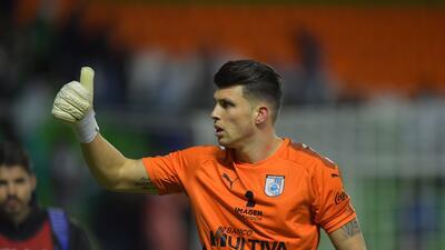 Tiago Volpi, frustrado por perder en penales