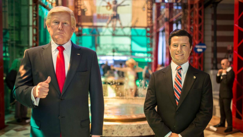 Réplicas en cera de los presidentes de Estados Unidos y México, en una e...