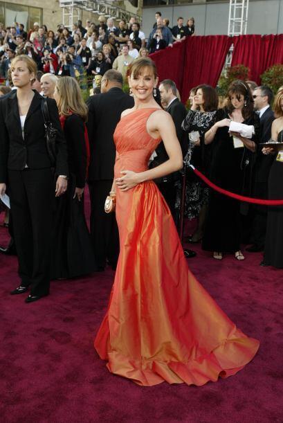 Tras el éxito de la serie, Jennifer fue llamada para protagonizar un sin...