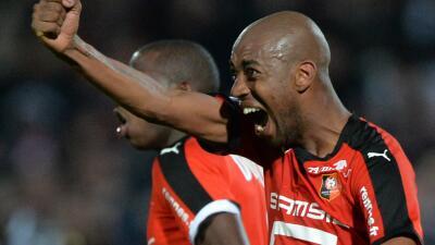 El Stade Rennais le pega 2-0 al Angers y acentúa su mal momento en la Ligue 1