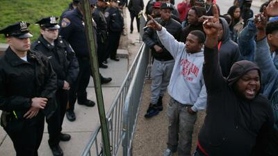 Protestas en Baltimore por muerte de afroamericano