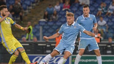 Lazio golea al Pescara y alcanza a la Roma y el Nápoles