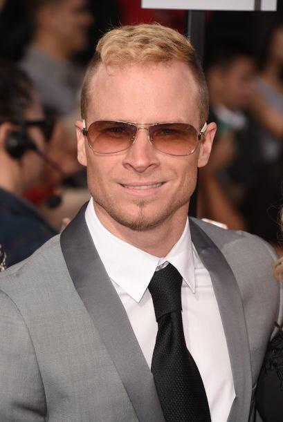 Brian Littrell de Backstreet Boys.  Mira aquí los videos más chismosos.