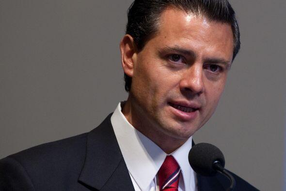 Peña Nieto es el actual gobernador del Estado de México y señalado en di...