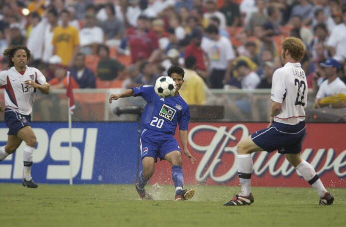 Luego del Mundial de Corea y Japón 2002, el All Star Game tuvo por prime...