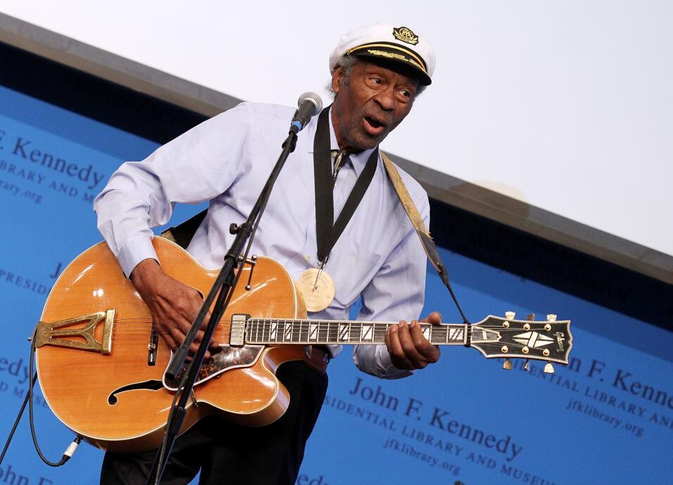Chuck Berry (18 de octubre, 1926 - 18 de marzo, 2017)