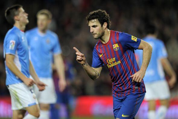 Cesc Fábregas fue el encargado de abrir el marcador, apenas a los 14 min...