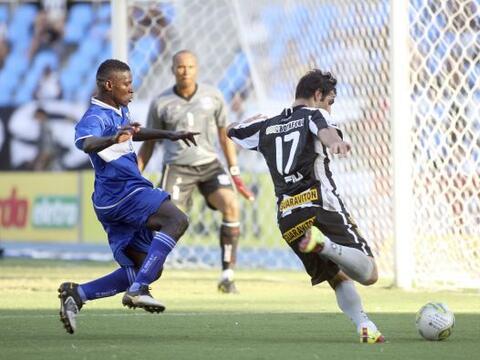 Botafogo comenzó temprano con los goles al marcar el primero a lo...