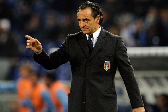 Cesare Prandelli es el DT de Italia, conoce desde sus entrañas el 'calci...