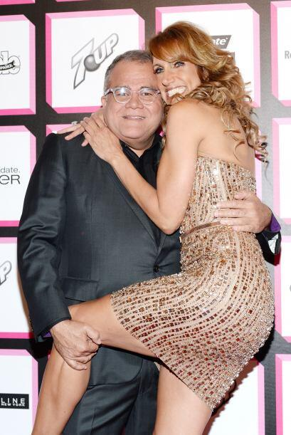 Hay instantes que se recordarán para siempre, como este abrazo apretujad...