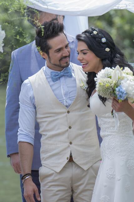 ¡Así se vivió la boda de Pedro y Fiorella, mira el detrás de cámaras! _F...
