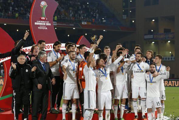 Diciembre 17 - La goleada del Real Madrid a Cruz Azul (4-0), sirvió para...