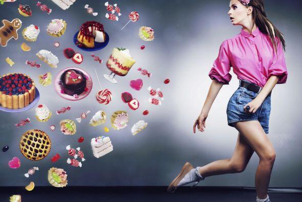 Evita consumir alimentos con mucha azúcar.