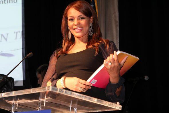 Lo mismo que Ilia Calderón, orgullo de Univision.