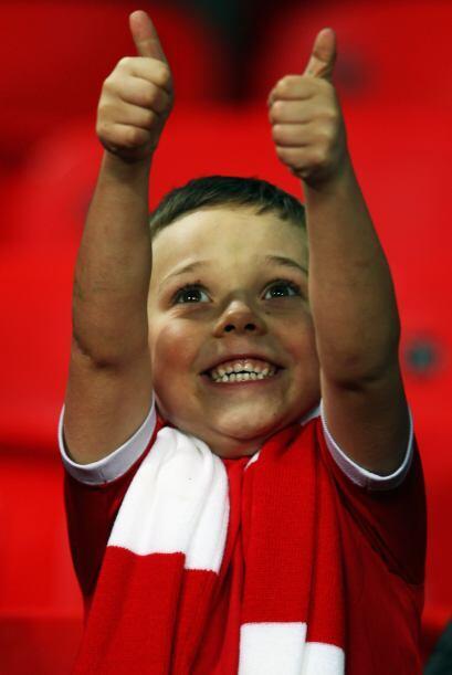 El 1-0 bastó para que los aficionados locales festejaran el triunfo.