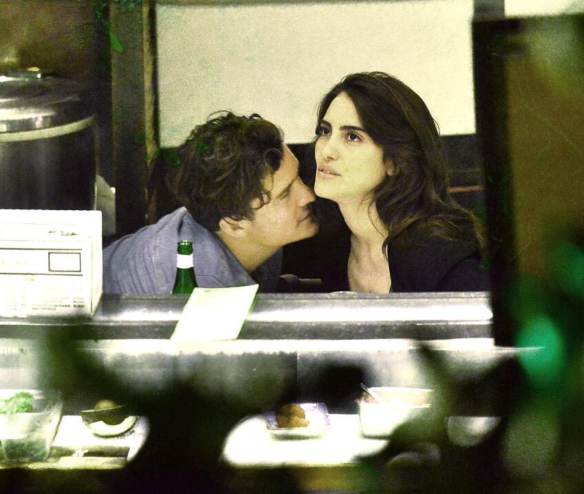 Besos iban y venían entre la modelo brasileña Luisa Moraes  y el actor.
