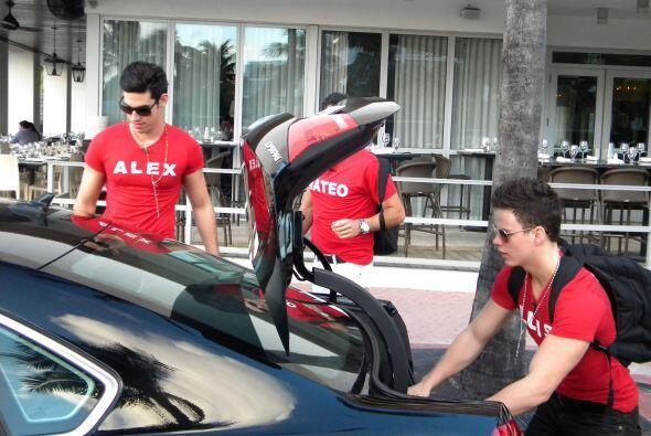 Que se pongan fuerte Adrián, George y Jonathan, los actuales participantes.
