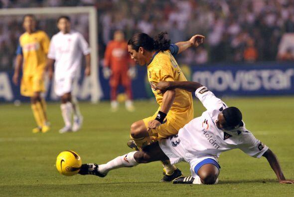 En 2008 América llegó por tercera ocasión a las semifinales del torneo,...