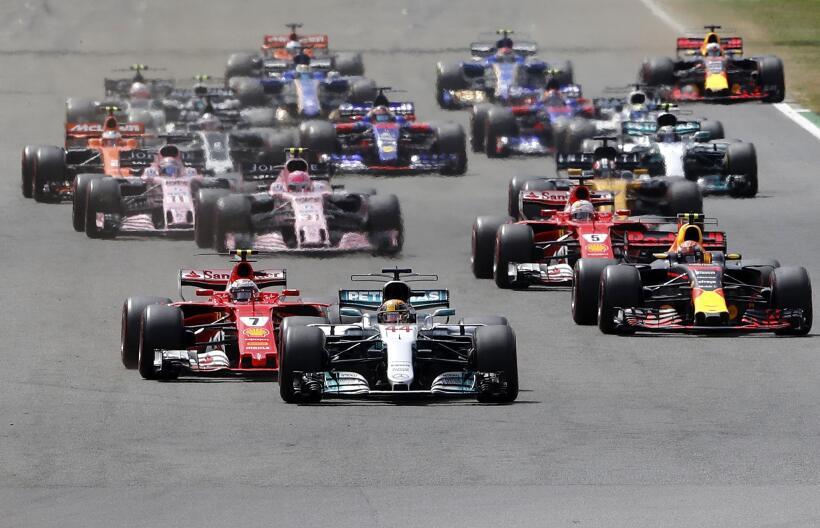 Lewis Hamilton gana por cuarta vez consecutiva el GP de Gran Bretaña AP_...