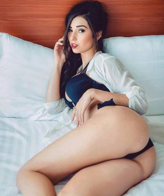 La bella regiomontana es gran aficionada del equipo de Tigres que quiere...