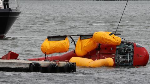 Helicóptero que cayó en East River.