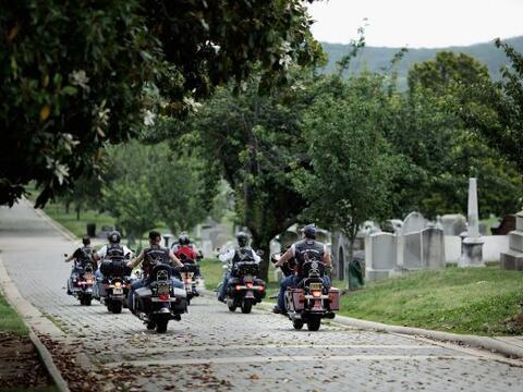 La conmemoración del Memorial Day comenzó con una visita d...