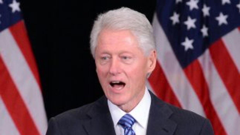 """Clintoncalificó como una """"locura"""" la política económica que impulsan lo..."""