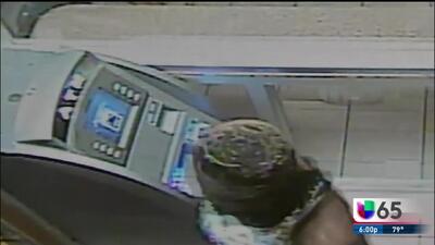 Capturan a sospechosa de explotar ATM en una tienda de licores