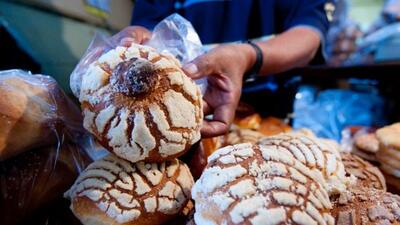 La historia del 'niño concha', el pequeño que enterneció a todos y consiguió pan gratis por un año (entre otros regalos)